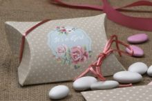 STYLISH POLKA DOT CRAFT FAVOR BOX